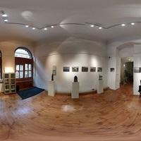 """""""Barátok"""" - Fotókiállítás a Szerb Kulturális Központban"""