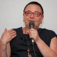 """""""FORRADALOMRA VAN SZÜKSÉG AHHOZ, HOGY AZ EMLÉKEZETET BEINDÍTSUK"""" - interjú Lidia Ostałowskával"""