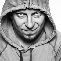 Adam Miklasz: A gyáros kincse (részlet)