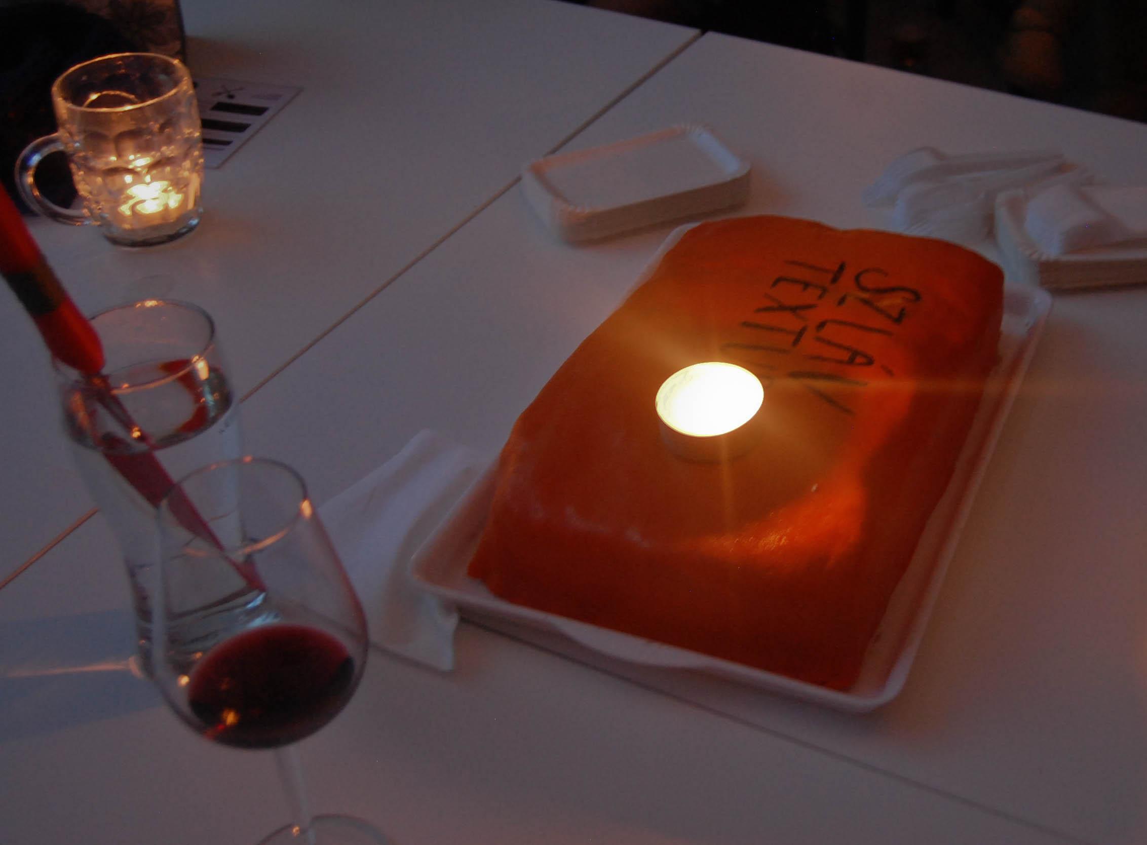 A Textus ünnepi tortája