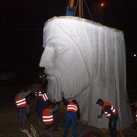 A világ legnagyobb Jézus-szobra a lengyel kisvárosban