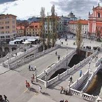 Városépítés — Ljubljana fejlesztése, szépítése (Plečnik)