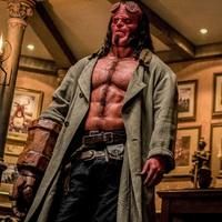 Vélekedés - Hellboy