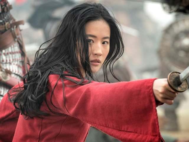 Vélekedés - Mulan