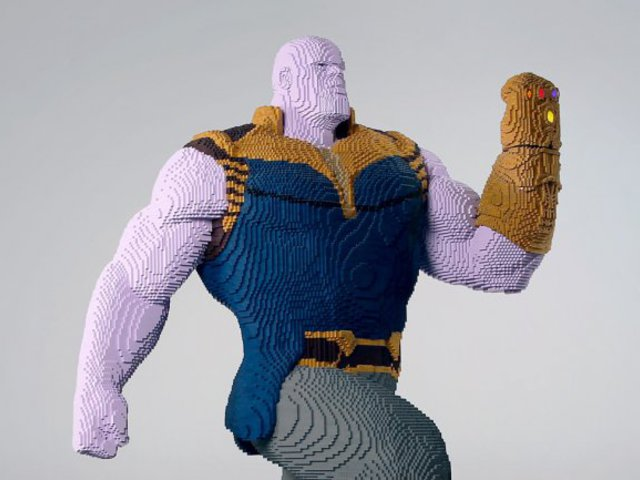 Thanos Lego szobor a ComiCon-on