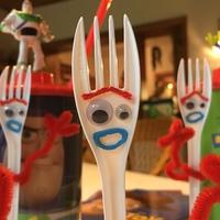 Csináld magad - Villi (Forky) a Toy Story 4-ből