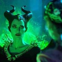 Vélekedés - Demóna: A sötétség úrnője