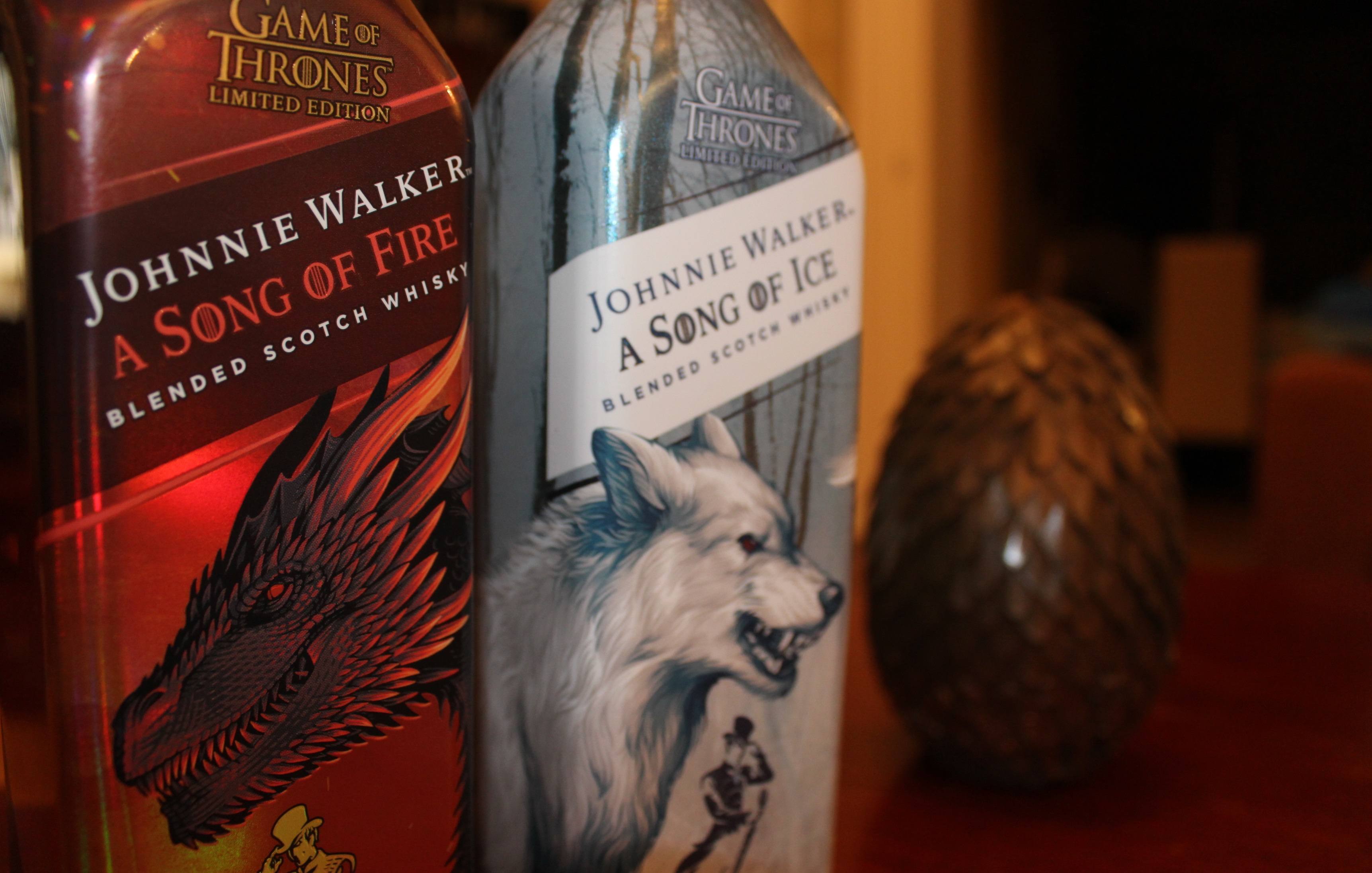 szmk_game_of_thrones_tronok_harca_johnnie_walker_whisky_scotch_tel_kozeleg_tuz_es_jeg_dala_hbo_1.jpg