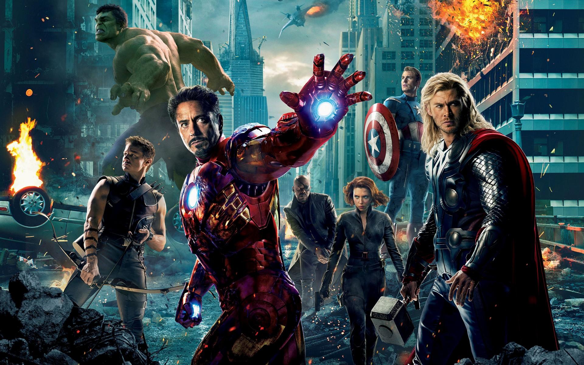szmk_marvel_poster_avengers_bosszuallok_vasember_amerika_kapitany_thor_doctror_strange_iron_man_galaxis_orzoi_pokember_vegtelen_haboru_3_19.jpg