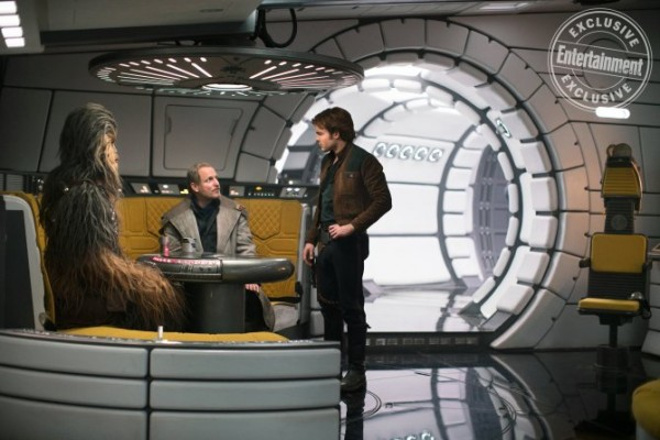 han-solo-movie-images-woody-harrelson-ew-600x400.jpg
