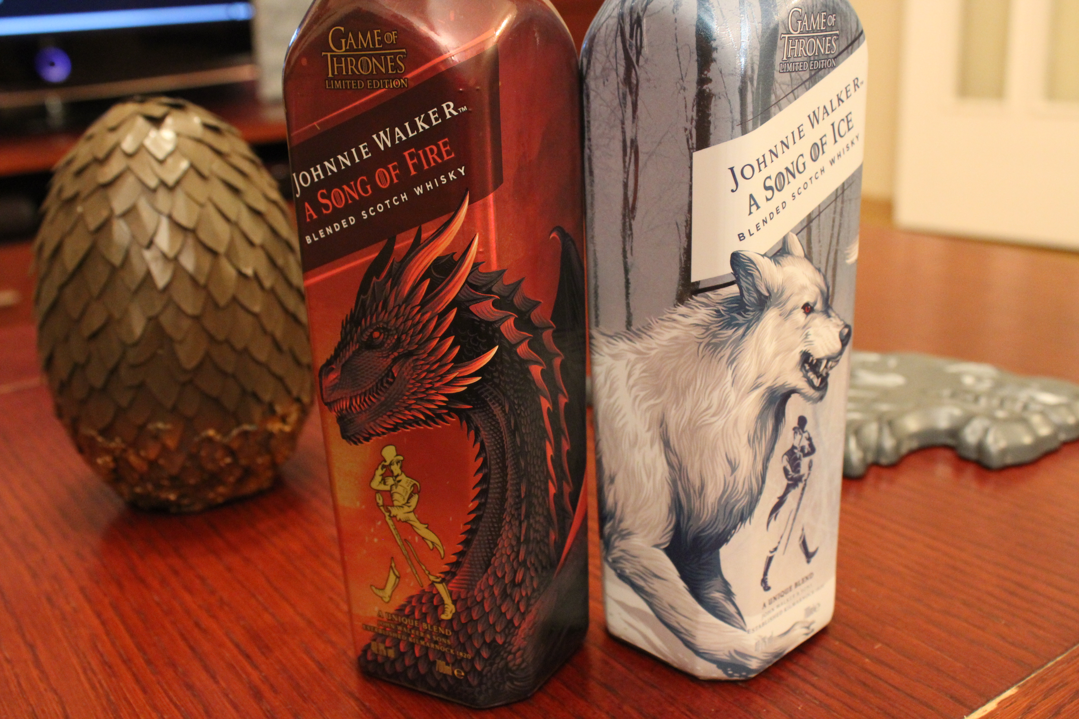 szmk_game_of_thrones_tronok_harca_johnnie_walker_whisky_scotch_tel_kozeleg_tuz_es_jeg_dala_hbo_48_masolata.JPG