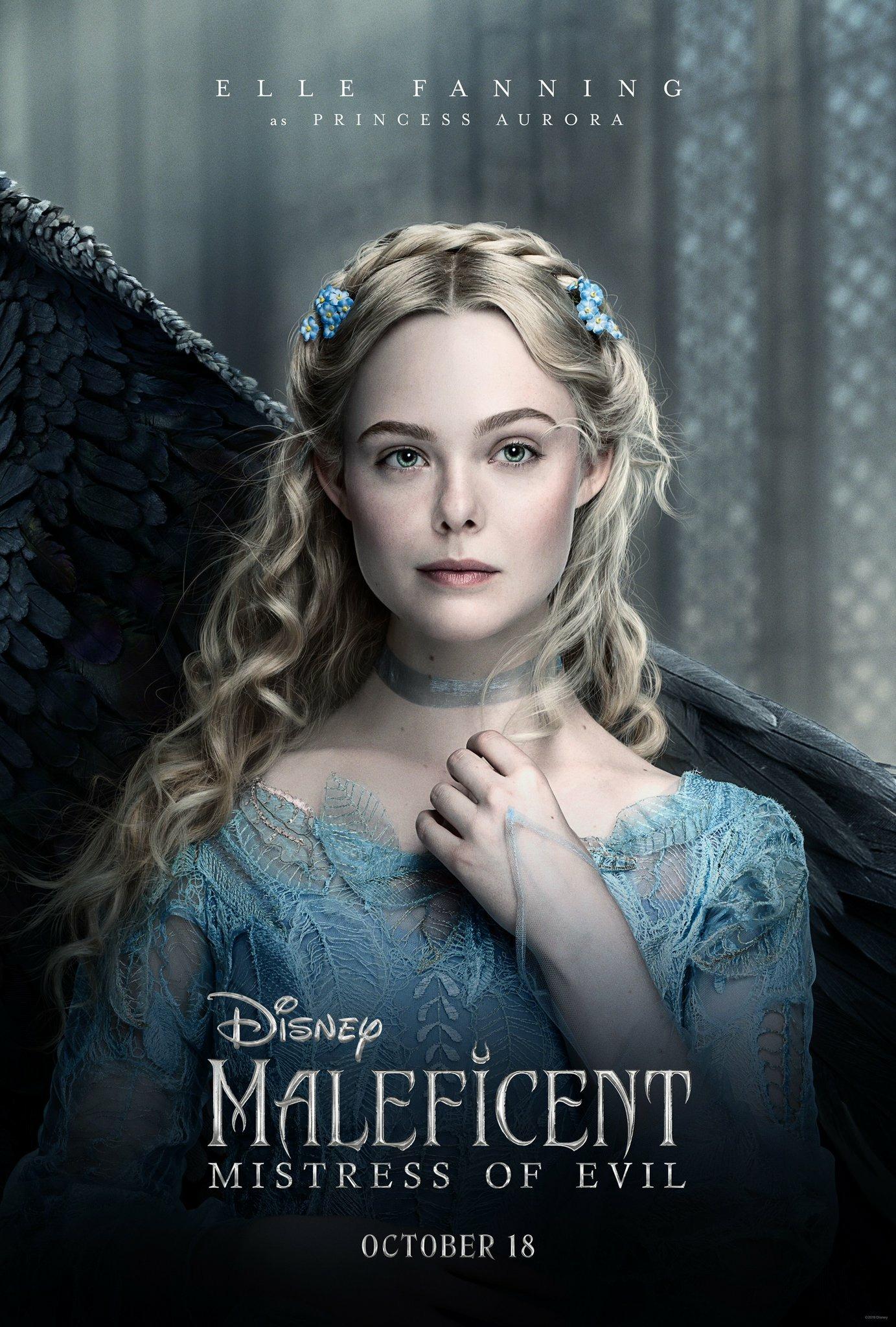 szmk_maleficent_mistress_of_evil_demona_disney_csipkerozsika_angelina_jolie_sotetseg_urnoje_2_11.jpg