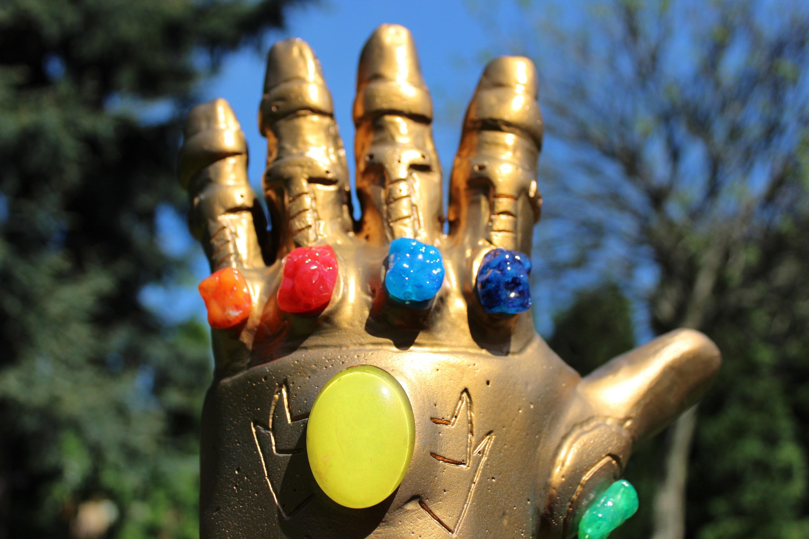szmk_marvel_avengers_infinity_gauntlet_bosszuallok_vegtelen_kesztyu_csinald_magad_thanos_10.JPG