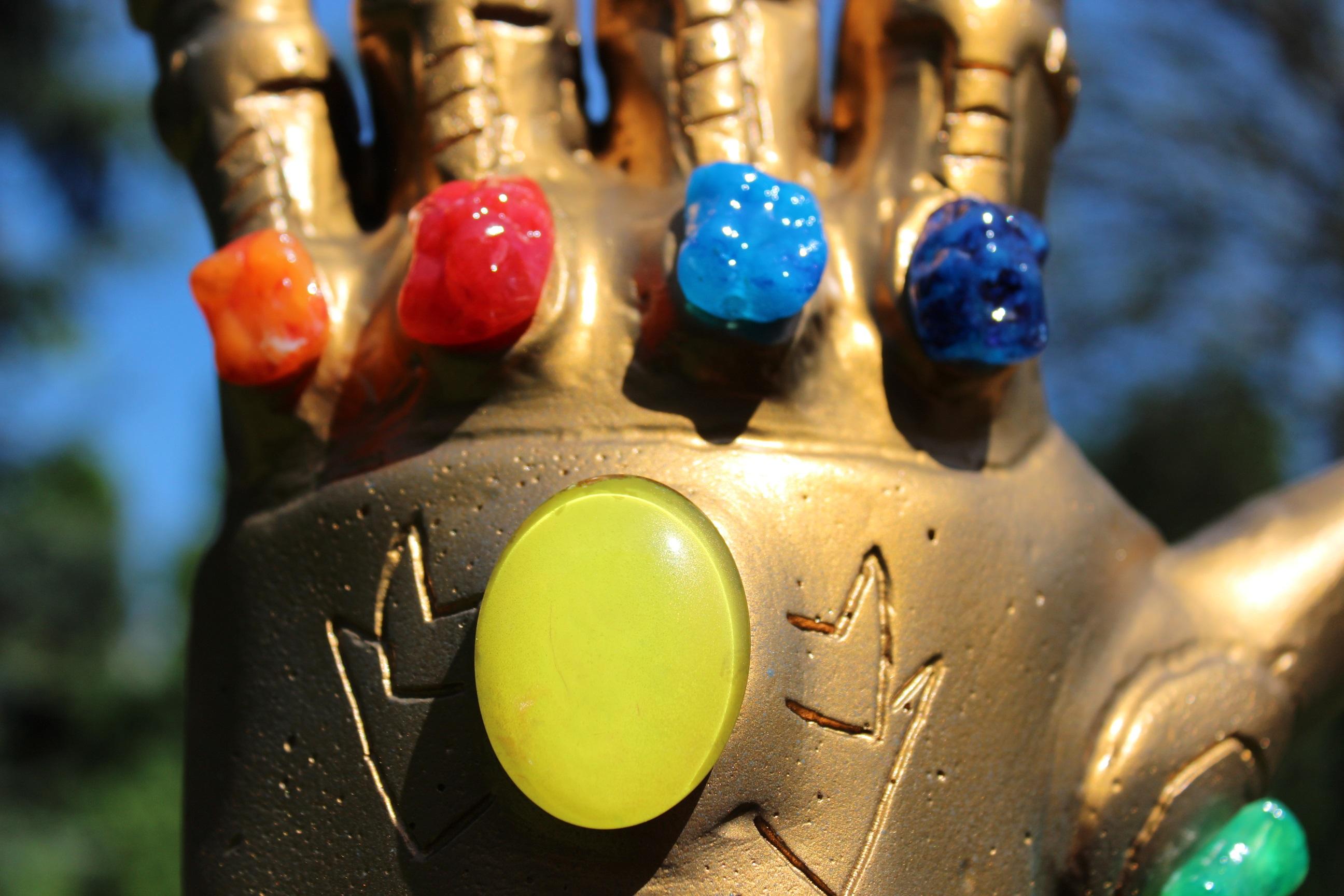 szmk_marvel_avengers_infinity_gauntlet_bosszuallok_vegtelen_kesztyu_csinald_magad_thanos_11.JPG