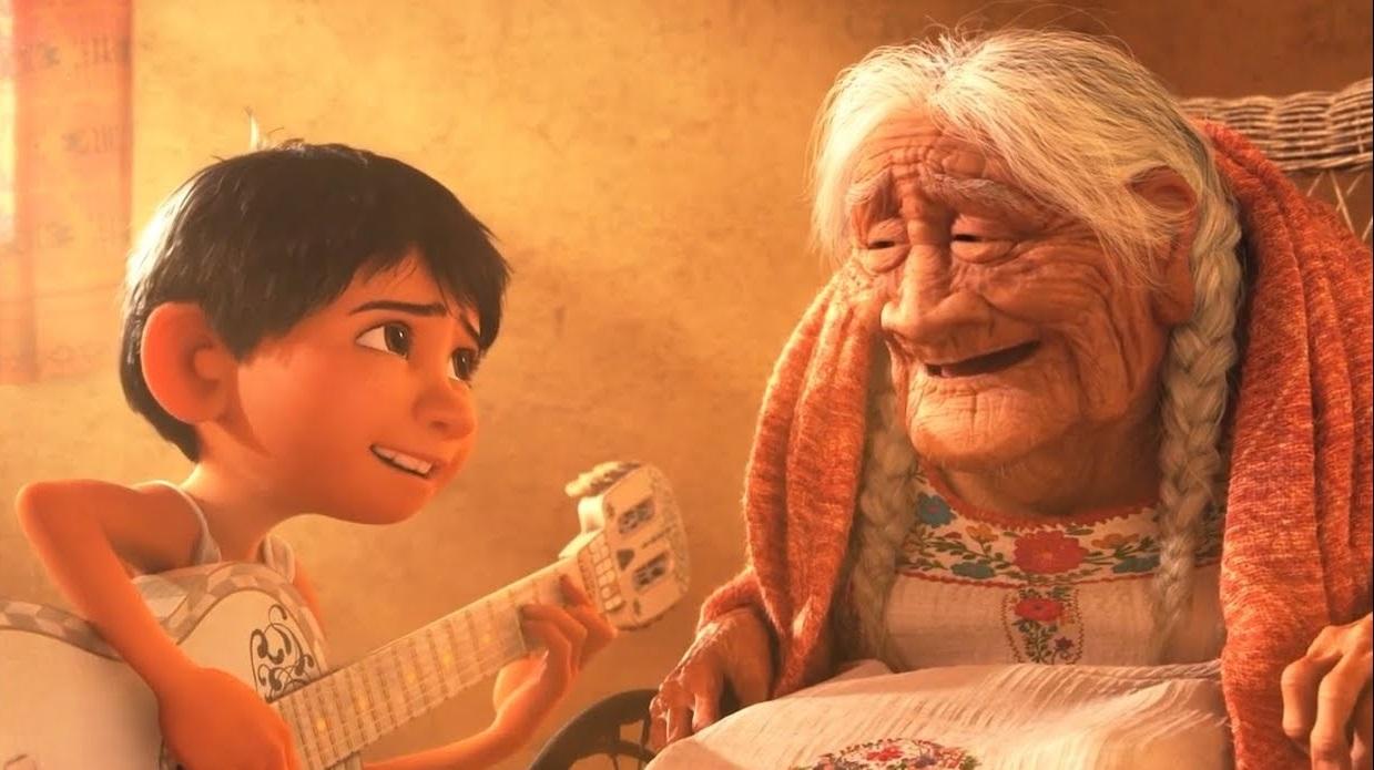 szmk_pixar_disney_coco_fel_toy_story_szenilla_nemo_agymanok_elore_meghatodott_siras_konnyek_emlekezz_ram_woody_buzz_miguel_banat_deru_animacio_4.jpg
