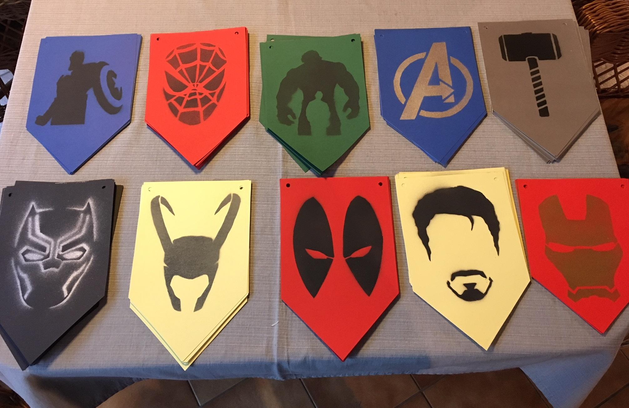 szmk_stencil_girland_diy_csinaldmagad_avengers_bosszuallok_marvel_superhero.jpg