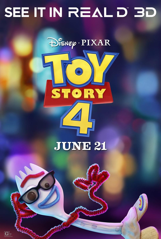 szmk_toy_story_4_disney_pixar_villi_forky_woody_buzz_bonnie_andy_jatek_haboru_a_vegtelenbe_es_tovabb_11.jpg