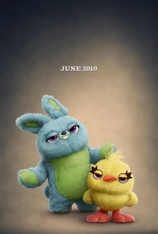 szmk_toy_story_4_disney_pixar_villi_forky_woody_buzz_bonnie_andy_jatek_haboru_a_vegtelenbe_es_tovabb_3.jpg