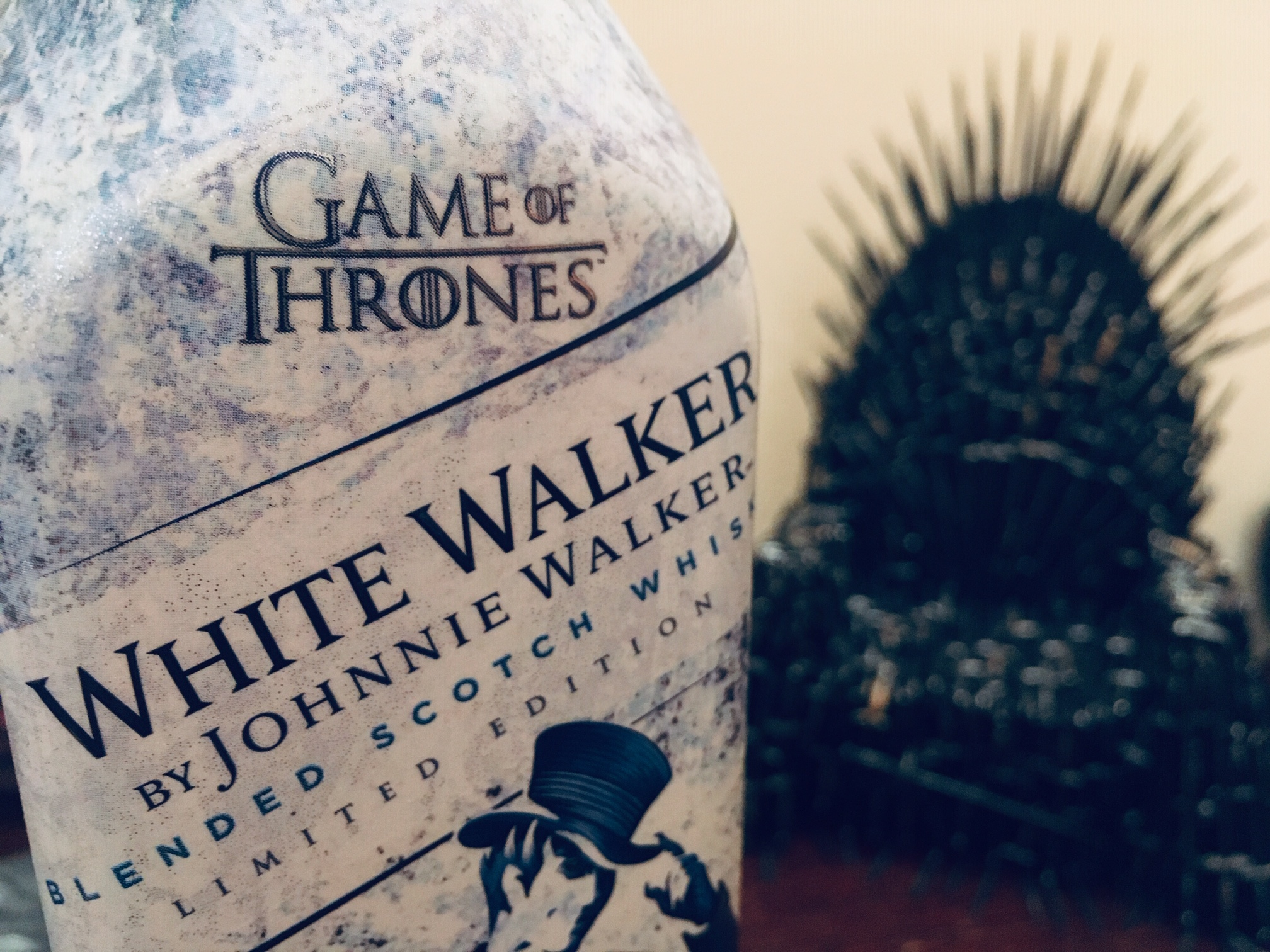 szmk_white_walker_johnnie_walker_whisky_scotch_game_of_thrones_tronok_harca_4.jpg