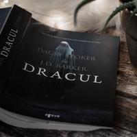 Dacre Stoker & J.D. Barker – Dracul