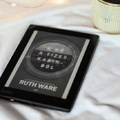 RUTH WARE – A NŐ A TÍZES KABINBÓL