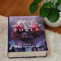 Tom Sweterlitsch: Angyalok pokla