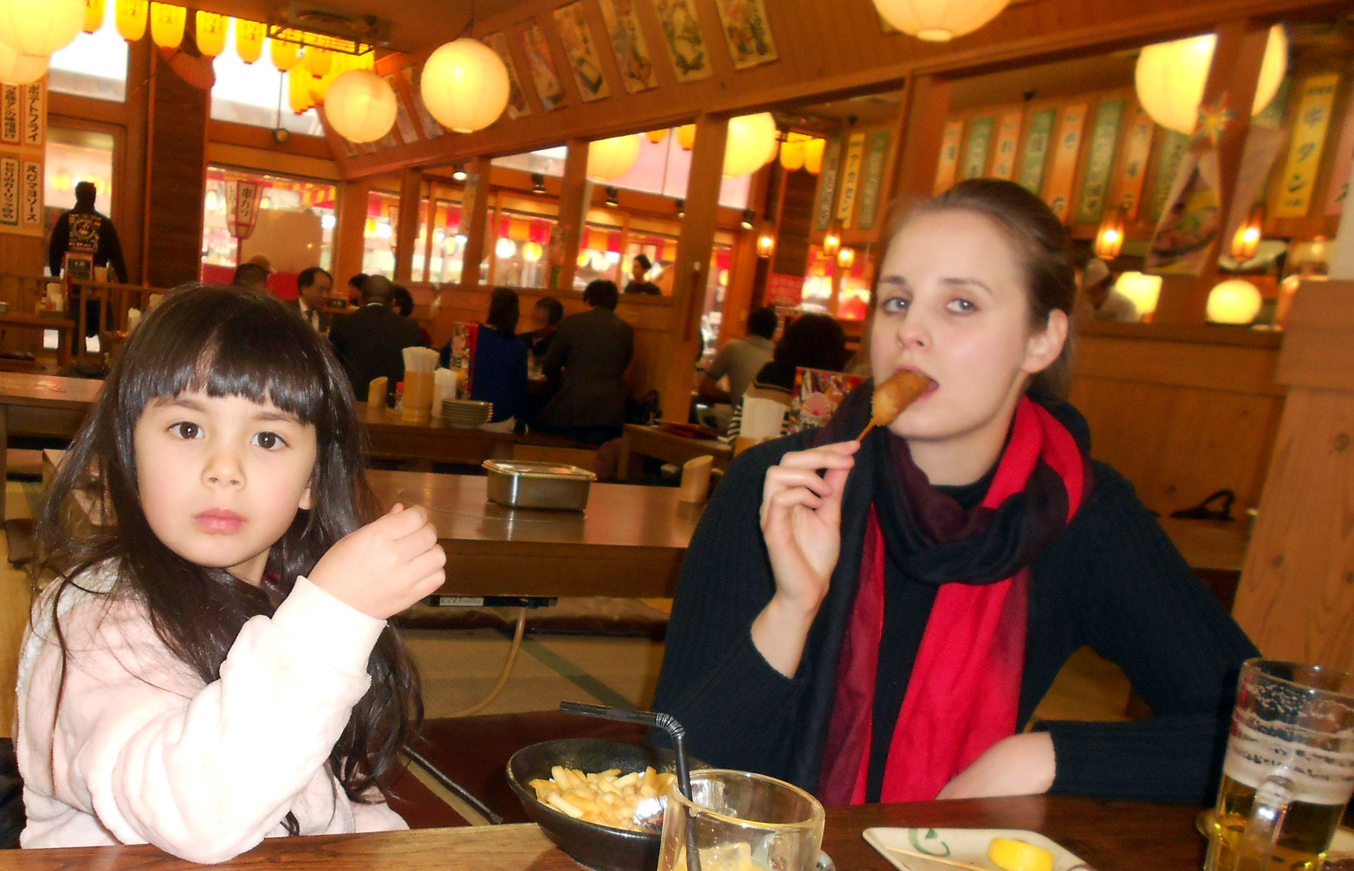 a kislányom sültkrumplit evett, amikor csak tehette :D