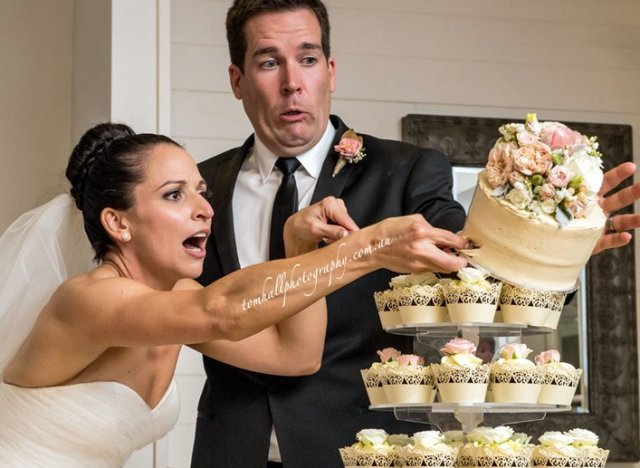 a-cake-cutting-disaster-640x468.jpg