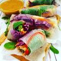 Homemade street food: Szivárványos tekercs, mogyiszósszal