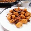 Fahéjas gnocchi, karamelizált magokkal