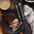 Steak kéksajtos mártással