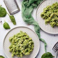 Spenótos-avokádópesztós tészta
