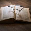 Könyvel és könyvvel… Ön érzi-e a kettő közötti különbséget?