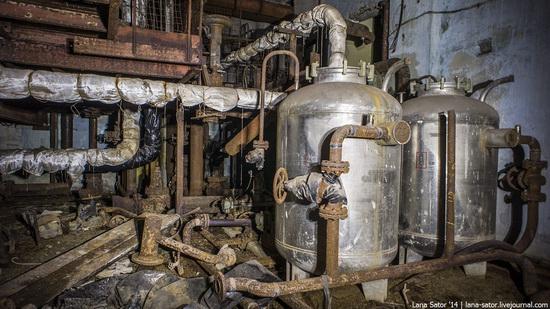 nuclear-heating-plant-nizhny-novgorod-russia-7-small.jpg