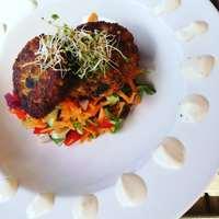Crispy veggie rissole with salad and vegannaise