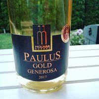 Best wine ever!  Jó társaság, duma és a #gilmoregirls az este végén, ajánlott hozzá