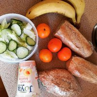 #breakfast #lunch with fruits and veggies