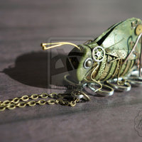 Cuki: Mechanikus szöcske