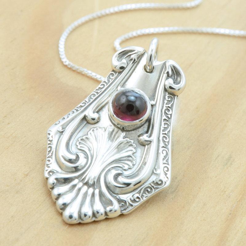 spoon_pendant_with_rhodolite_garnet_by_metalsmitten-d5if16v_1354615030.jpg_800x800