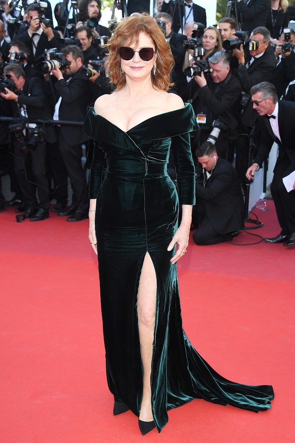cannes-red-carpet-best-dressed-2017-day-1-ss06.jpg