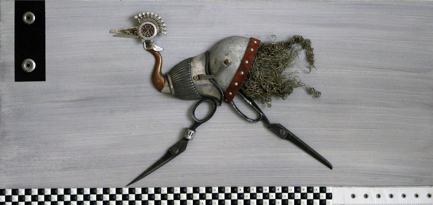 lithuanian-artist-creates-steampunk-assemblages-from-various-type-of-metal-parts4_880.jpg