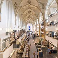 Templomból könyvesbolt