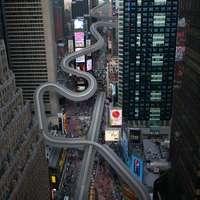 Az ott egy szánkópálya lenne a New York-i Time Square-en?