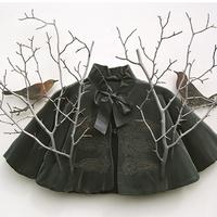Elképesztően élethű, fából faragott ruhák