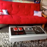 Nintendo kontroller és dohányzóasztal egyben