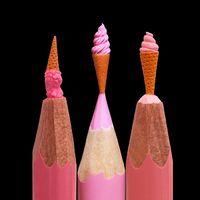 Miniatűr szobrocskák ceruzahegyeken