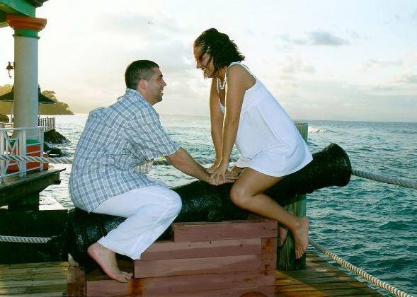 awkward-engagement-photos-45.jpeg