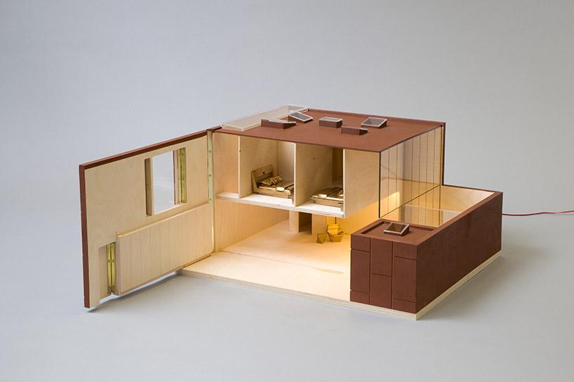 09_TB_DOLLS-HOUSE13_ADJAYE_083.jpg