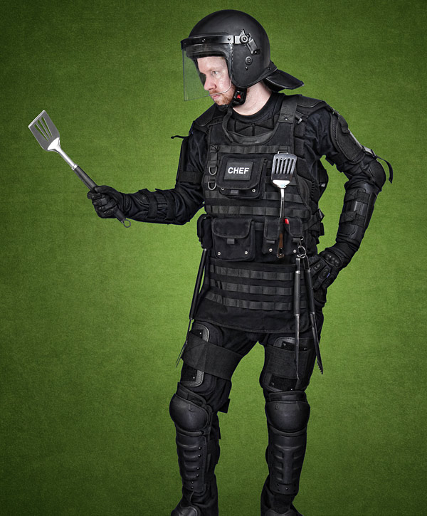 11cd_tactical_bbq_apron_swat.jpg