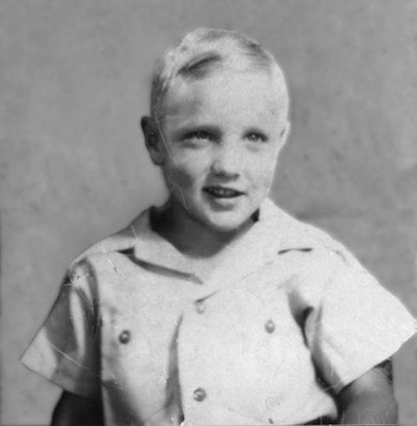 1939_elvis-aaron-presley.jpg